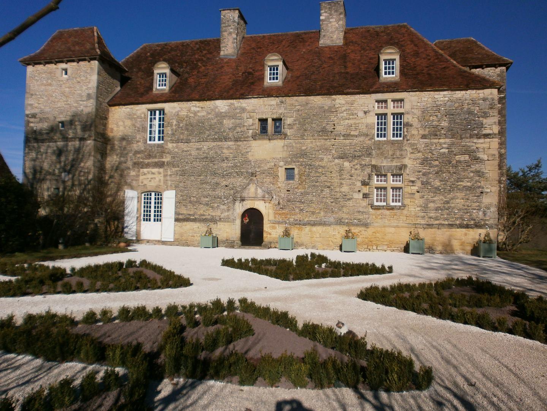 Office de tourisme cazals salviac ch teau de lantis for Jardin renaissance